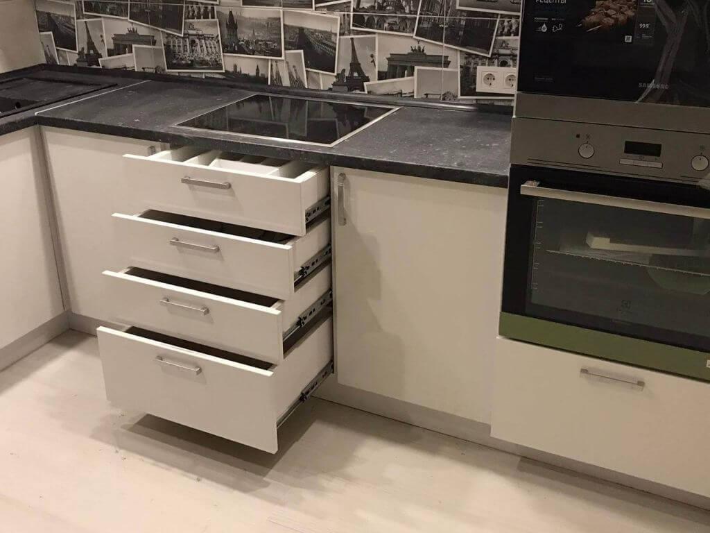 кухня на заказ - варочная поверхность и ящики